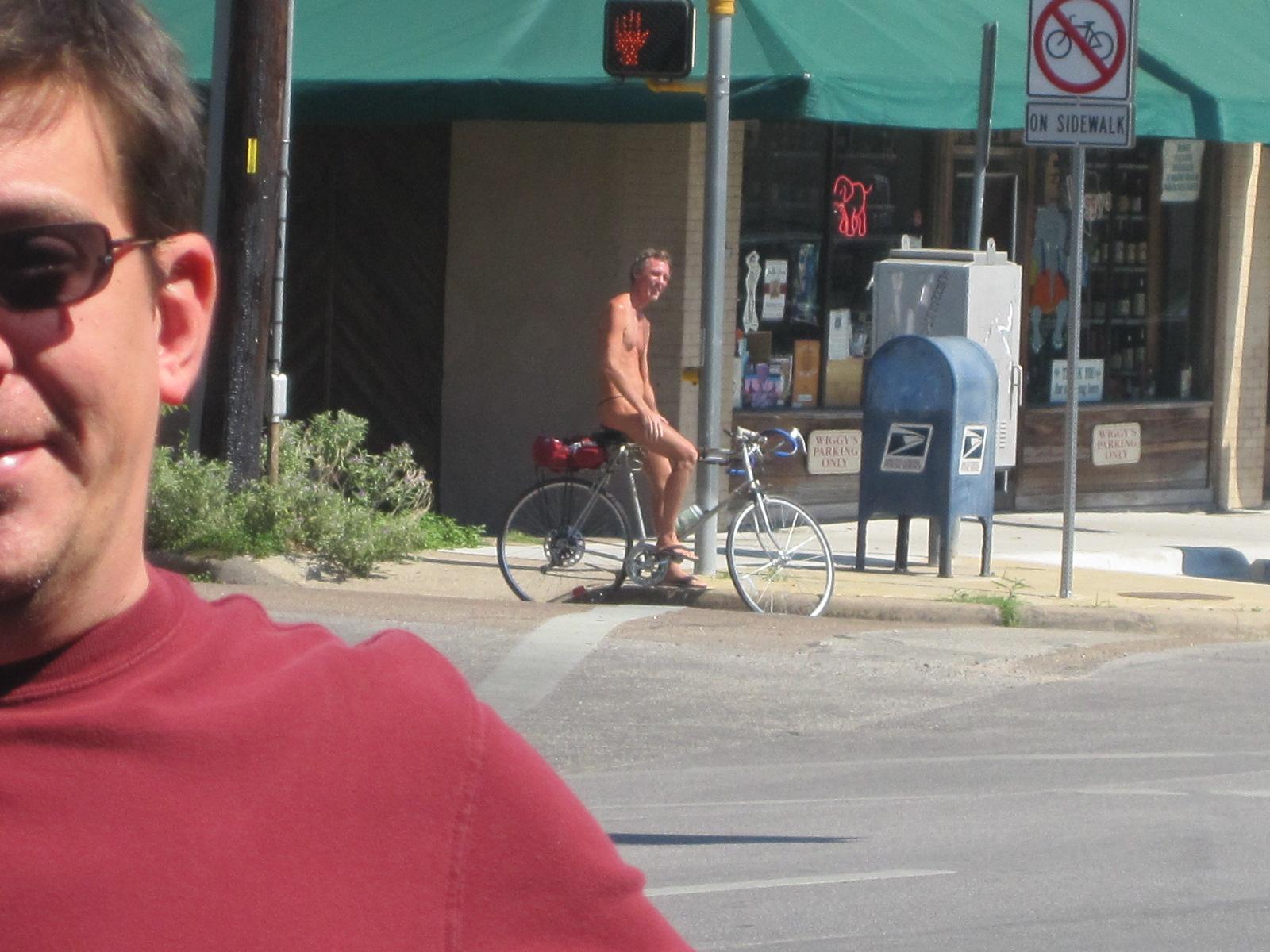 Thong Cyclist  Pic  Darkives-5925